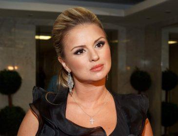 У відчаї! Анна Семенович звернулася до фанатів з шокуючим проханням