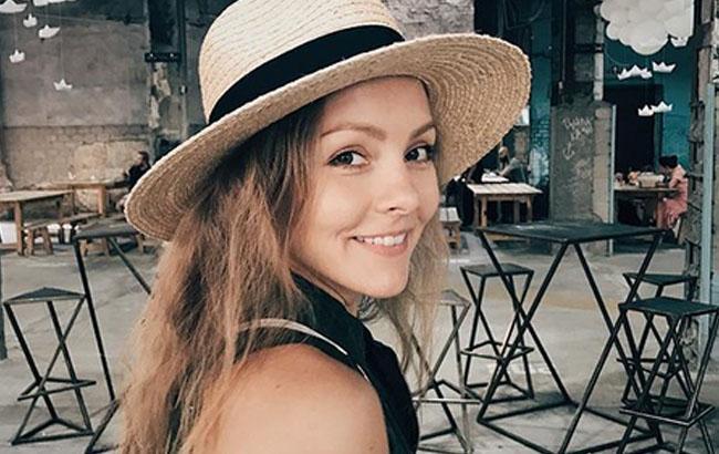 Гаряча штучка!!! Олена Шоптенко зачарувала шанувальників фотографією в одній сорочці