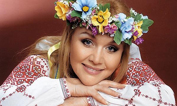 «Скільки там пластичних операцій зроблено?»: Тоня Матвієнко показала Аллу Кудлай, яка вражає своєю нев'янучою красою