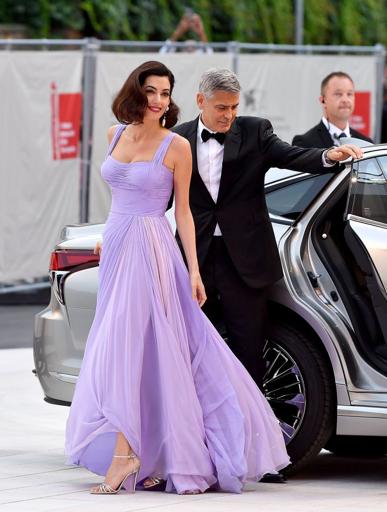 VENICE, ITALY - SEPTEMBER 02:  George Clooney and Amal Clooney walk the red carpet ahead of the 'Suburbicon' screening during the 74th Venice Film Festival at Sala Grande on September 2, 2017 in Venice, Italy.  (Photo by Pascal Le Segretain/Getty Images)