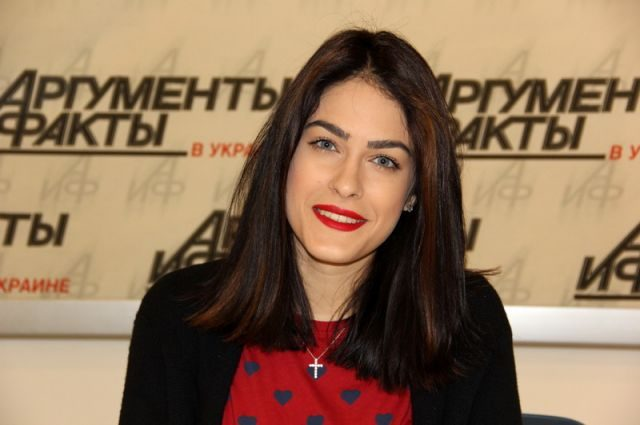 Оце так ефект!!! Маша Собко кардинально змінила зачіску, а ви наважилися б на таке?
