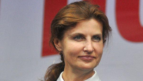В стилі «Шанель»: Марина Порошенко вразила українців своїм оновленим стилем і елегантним вбранням