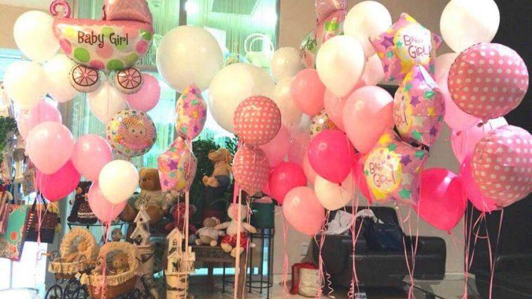 Квіти і подарунки у палату! Відома українська телеведуча стала мамою
