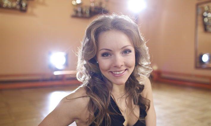 Ці ніжні обійми! Олена Шоптенко опублікувала відверте фото з партнером по шоу «Танці з зірками»