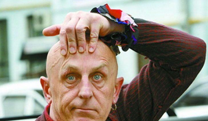 Олексій Вертинський засвітив сідниці у стрінгах. Видовище, від якого очі на лоба лізуть