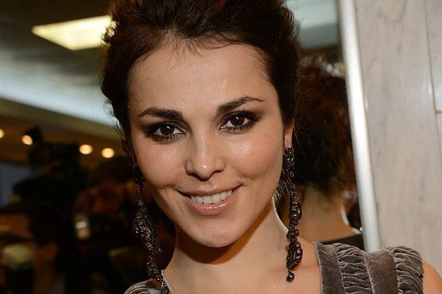 «Моя нова сім'я»: Саті Казанова вийшла заміж за іноземця