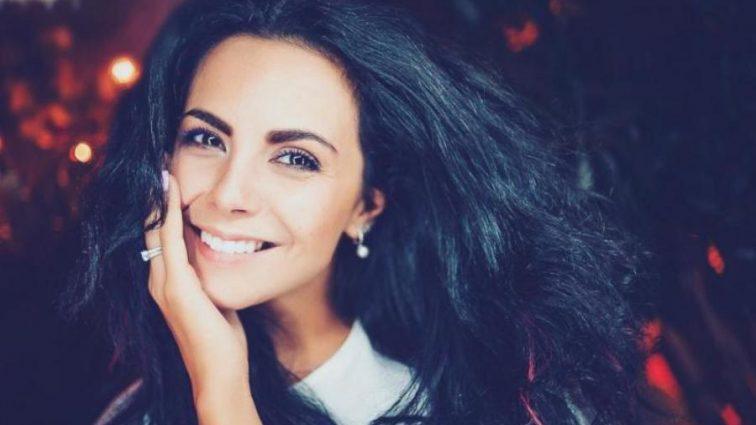 Модняшка Настя Каменських прийшла на «Х-Фактор» у пухнастих тапочках