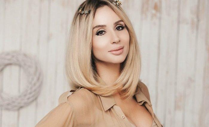 Світлана Лобода зачарувала прихильників розкішною сукнею