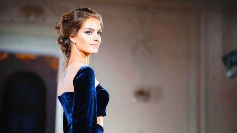 «Міс Україна Всесвіт 2016» похизувалася розкішною весільною сукнею, коли ж відбудеться щаслива подія?