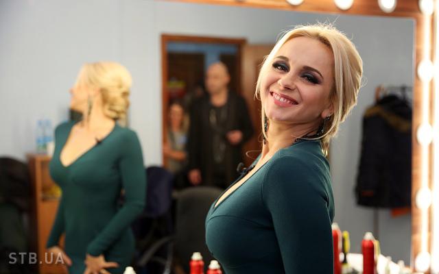 Снігова королева! Лілія Ребрик показала стильний зимовий аутфіт в засніженому Києві