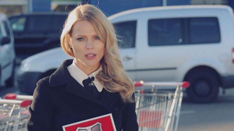 Ольга Фреймут знову похизувалася розкішною брендовою сукнею