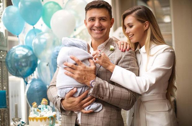 Маленький Давид: Дружина Миколи Тищенка показала перші кроки синочка