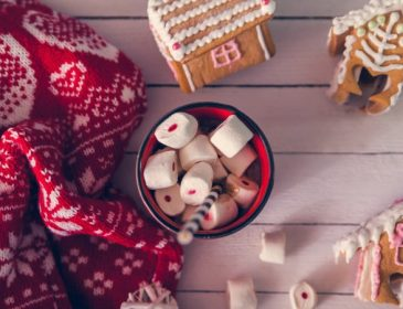 Різдвяні светри, які стануть окрасою свята
