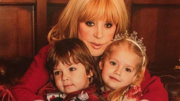 Перша перемога: Дочка Алли Пугачової і Максима Галкіна отримала медаль