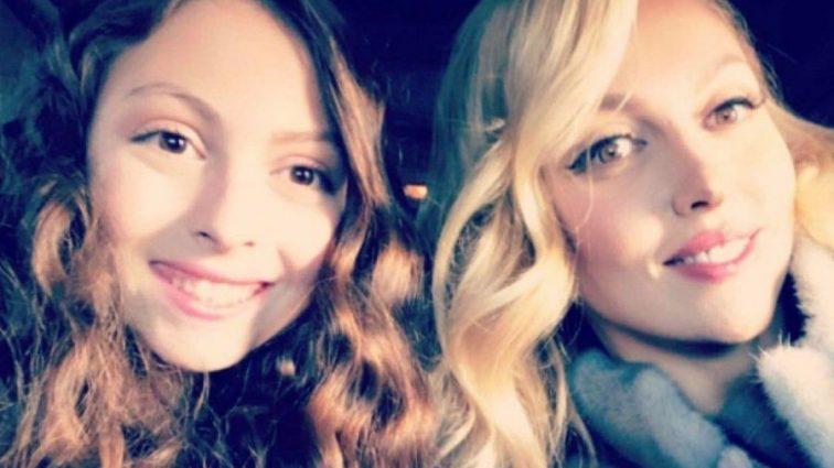 Вся в маму: Дочка Олі Полякової «відірвалась» з подругами на світському заході