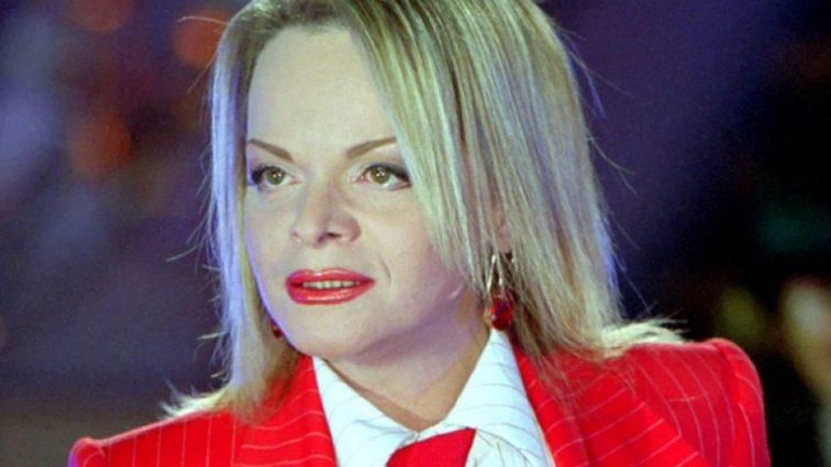 Ви її точно не впізнаєте! 62-річна Лариса Доліна дуже розповніла і прийшла на червону доріжку в коротесенькій сукні