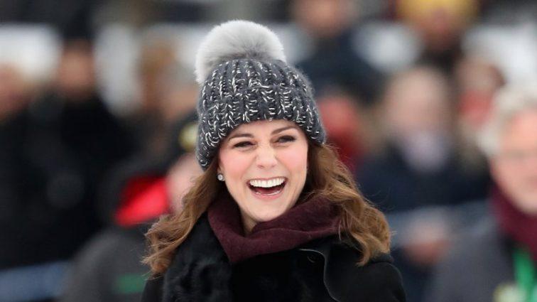 Кейт Міддлтон зіграла в хокей на сьомому місяці вагітності