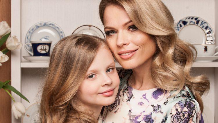 Викапана мама: Дочка Ольги Фреймут засвітилась у дорожезній сукні