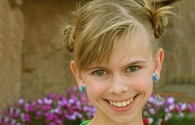 Пам'ятаєте маленьку дівчинку з фільмів Оксани Байрак? Стало відомо, куди зникла актриса Анастасія Зюркалова
