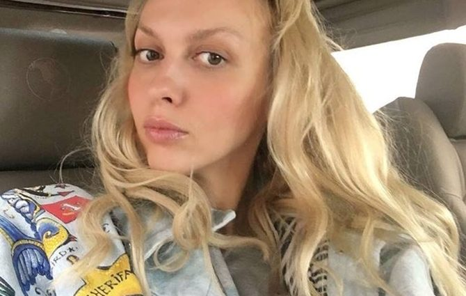 Оля Полякова похвалилась своїми «золотими» доньками