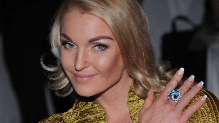 «О, нові труси!»: Волочкова розбурхала Мережу новим оголеним фото