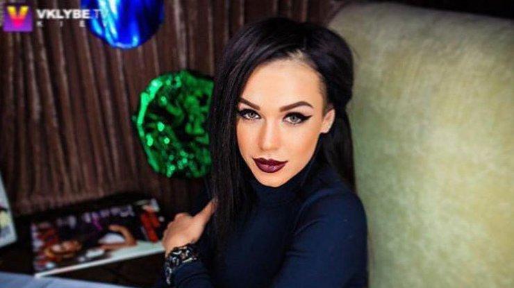 «Знає, як зводити з розуму»:Шанувальники активно обговорюють нову світлину Марії Яремчук