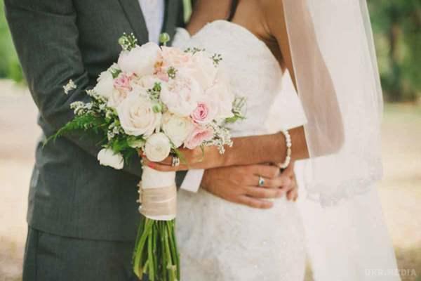«Я відповіла «так»»: Відома українська співачка виходить заміж