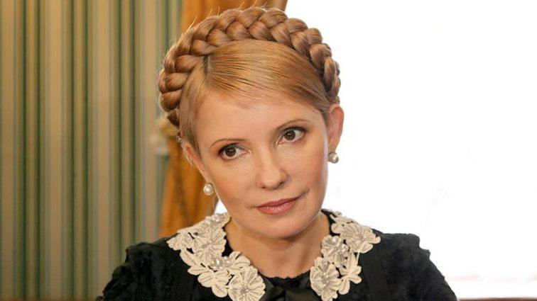 Така струнка, що аж не віриться! Як Юлія Тимошенко змусила українок заздрити її фігурі в сукні з прозорими вставками