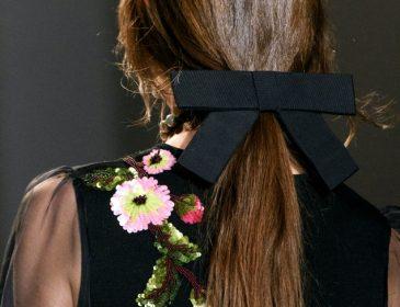 Романтичний hair-тренд цієї зими — зачіски зі стрічкою