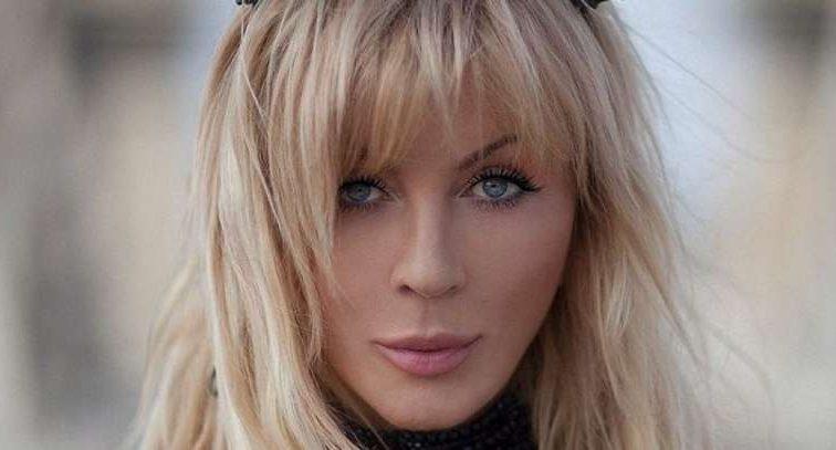 «Вдає із себе княгиню»: Ірина Білик показала шанувальникам свій новий образ