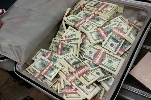 Відома співачка заплатила 25 мільйонів доларів, щоб уникнути в'язниці