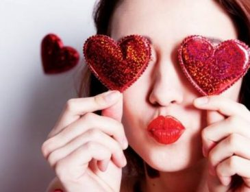 День Валентина 2018: топ-3 варіанти, як прекрасно провести цей день без хлопця