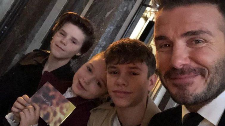 Сімейна ідилія: чоловік і діти підтримали Вікторію Бекхем на показі