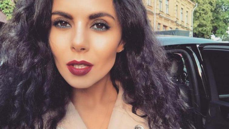 «Не знімає ні на хвилину»: Настя Каменських похвалилась розкішною обручкою