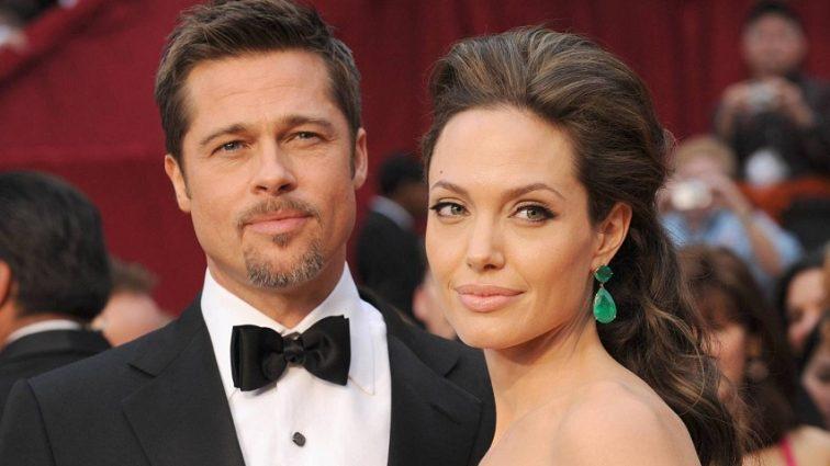 «Намагаються жити дружно заради дітей»: Джолі і Пітт досі разом?