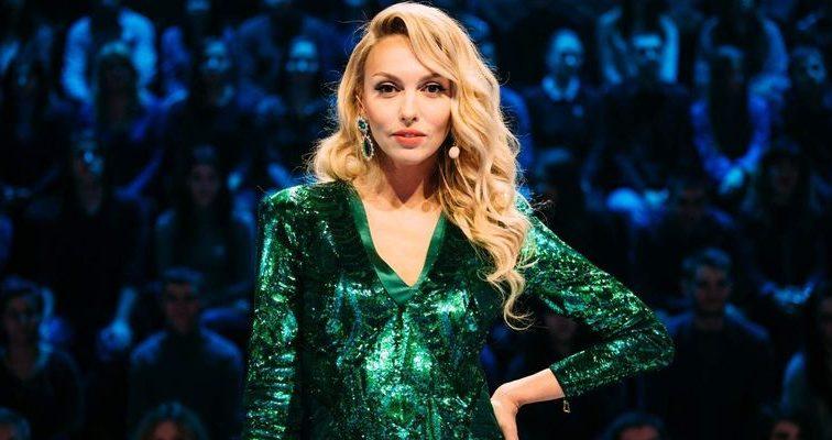 «Майже близнючки»: Полякова здивувала прихильників новим фото