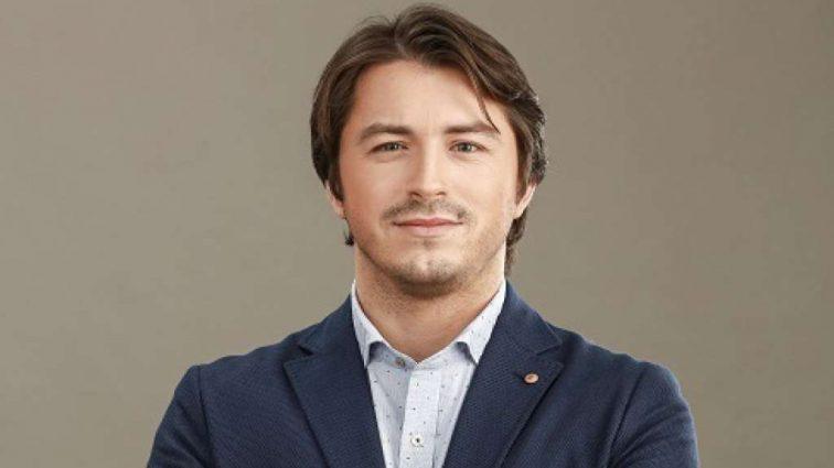 «У Збараж можна не повертатись»: Популярний ведучий Сергій Притула став жінкою