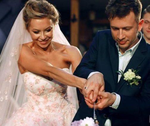 Два роки разом: Поліна Логунова і Дмитро Ступка розповіли таємницю свого весілля