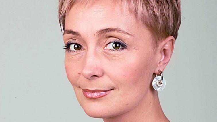 «Особисте не склалося, проте має доньку»: Як живе і чим займається телеведуча Ганна Безулик