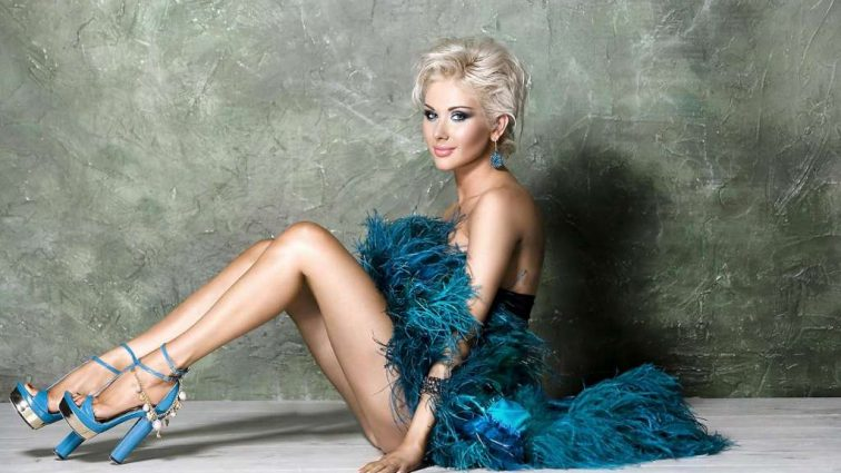 Фотографії відомої української співачки Каті Бужинської вразили мережу