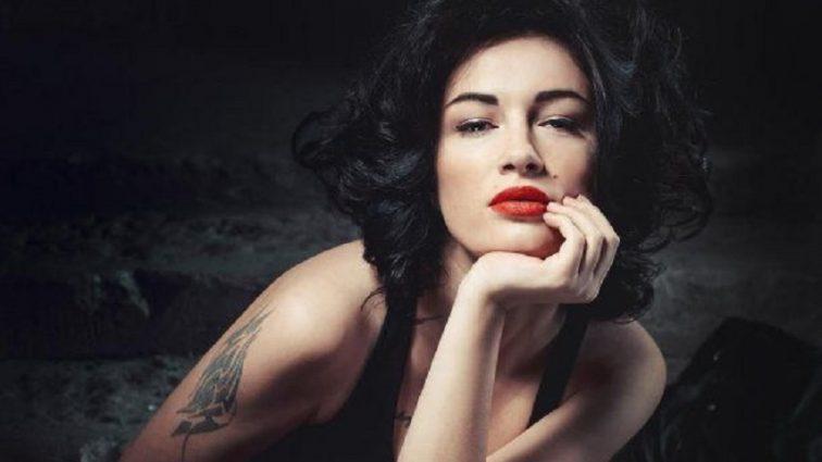 Анастасія Приходько показала обличчя без макіяжу: Тільки подивіться, як змінилася співачка