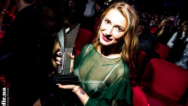 Співачку TAYANNA нагородили почесною музичною премією