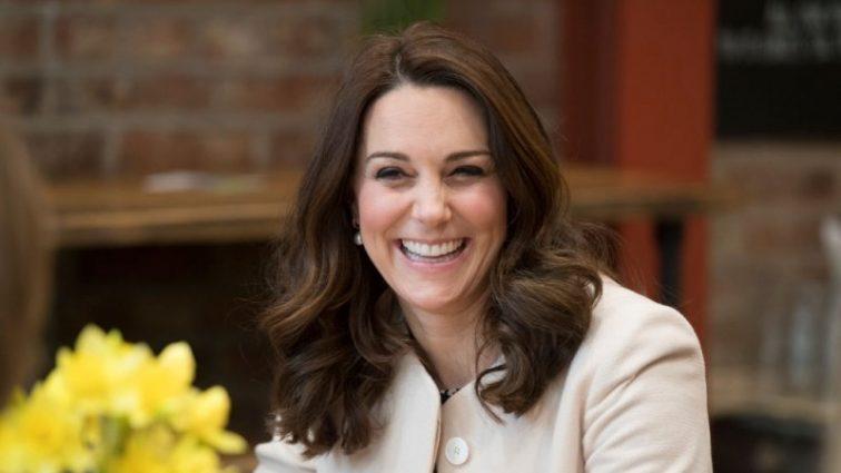 Кейт Міддлтон народжує — уся Британія чекає на появу малюка