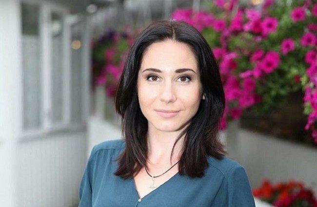 Зірка серіалу «Школа» Яніна Андреєва вперше показала свою сімю і розповіла про чоловіка