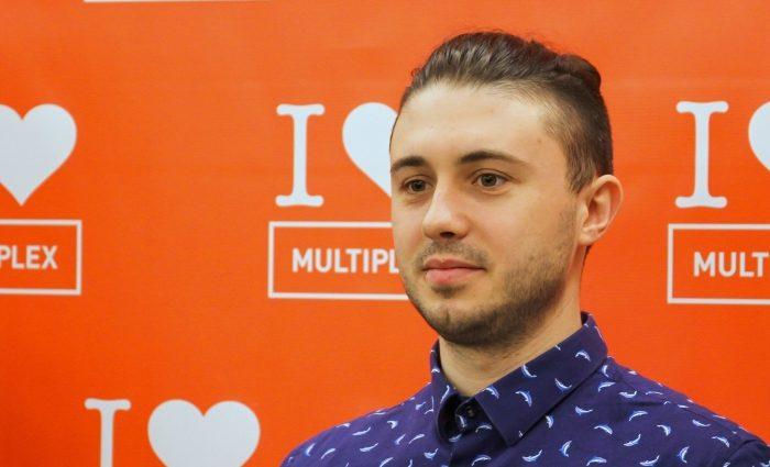 «Дякую Богу, що з'єднав вас»: Тарас Тополя показав романтичне фото з дружиною