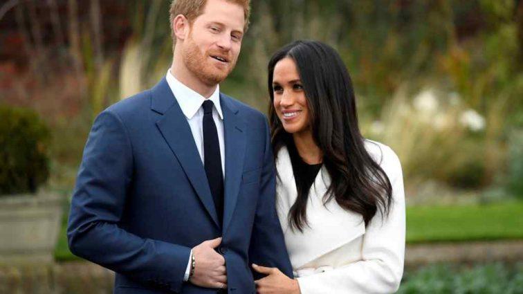 Принц Гаррі і Меган знову з'явилися на публіці. Погляньте, що одягнула Маркл на свято