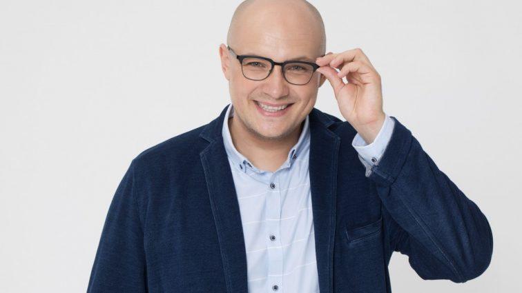 Він шукає любов для всіх, а сам …: Що приховує самий таємничий телеведучий «ПоLOVEинок» Володимир Науменко