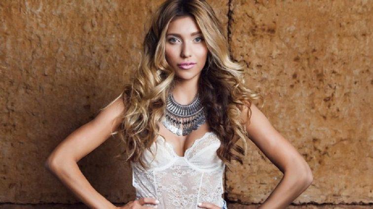 Застали за гарячими поцілунками: Стало відомо ім'я таємного обранця Регіни Тодоренко