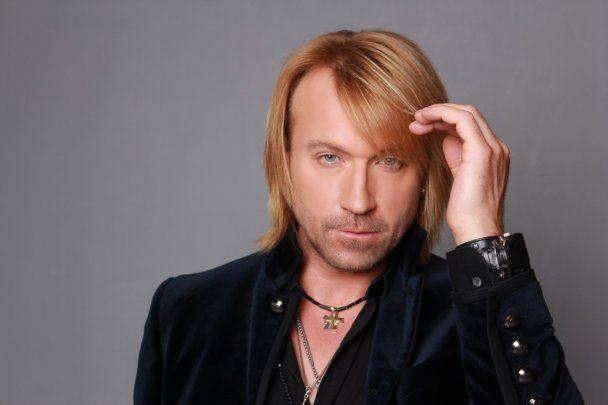 Олега Винника в образі принца розкритикували в новому кліпі