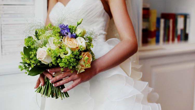 «А на пальці виблискує каблучка»: Відома українська співачка виходить заміж